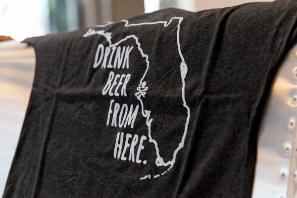 Drink Beer From Here – Women's T-Shirt (Heather Black)