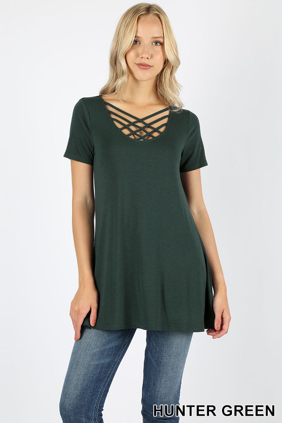 SHORT SLEEVE TRIPLE LATTICE FRONT TUNIC TOP - Hunter Green color Shirt - Criss Cross