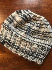 Hand knitted messy bun ladies beanie hat grey