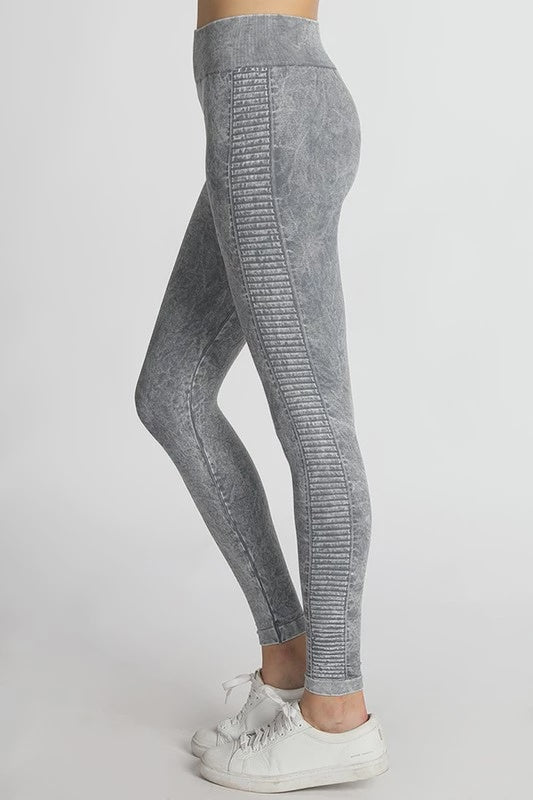 Nikibiki Ladder Jeggings