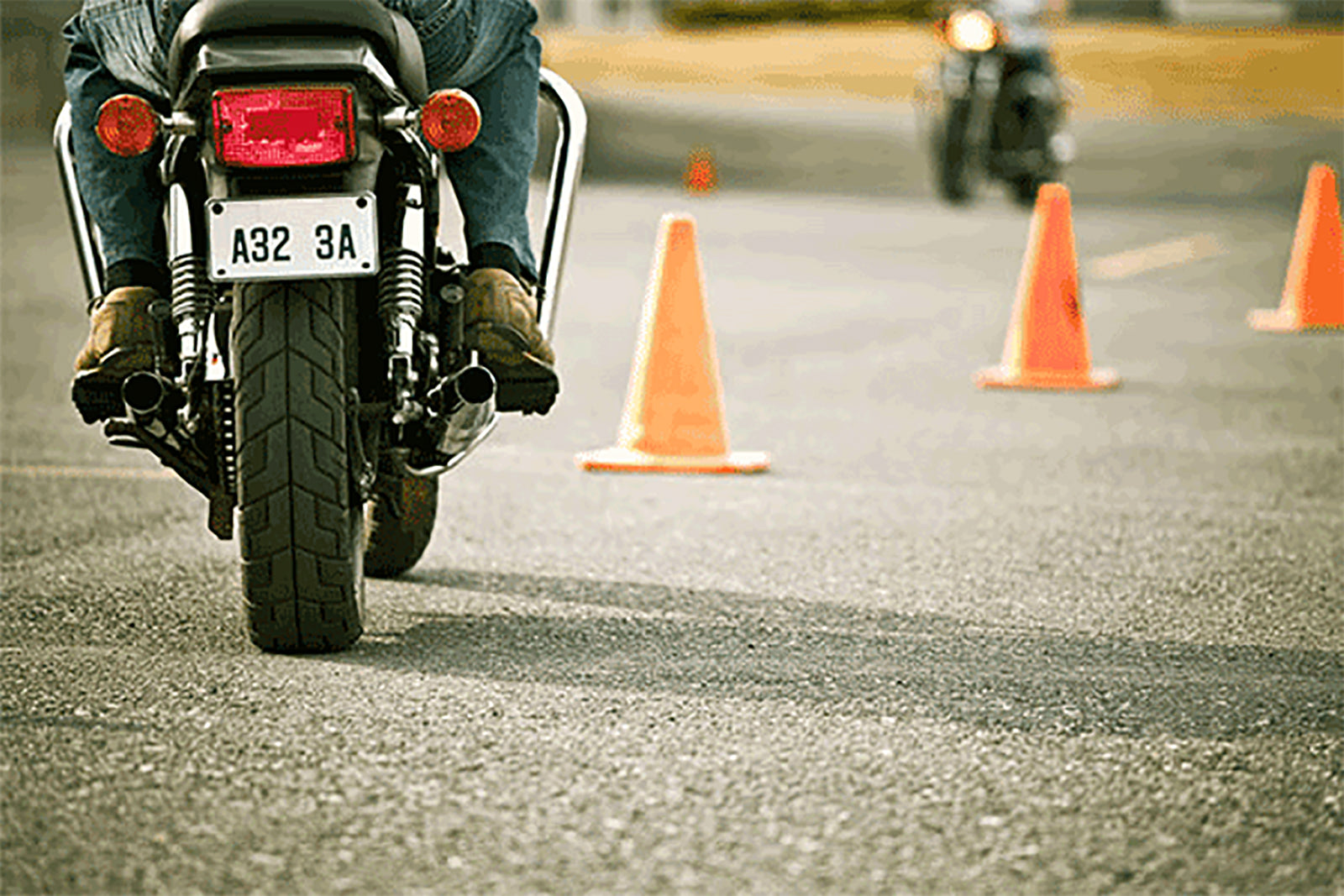 10 Motorcycle safety tips