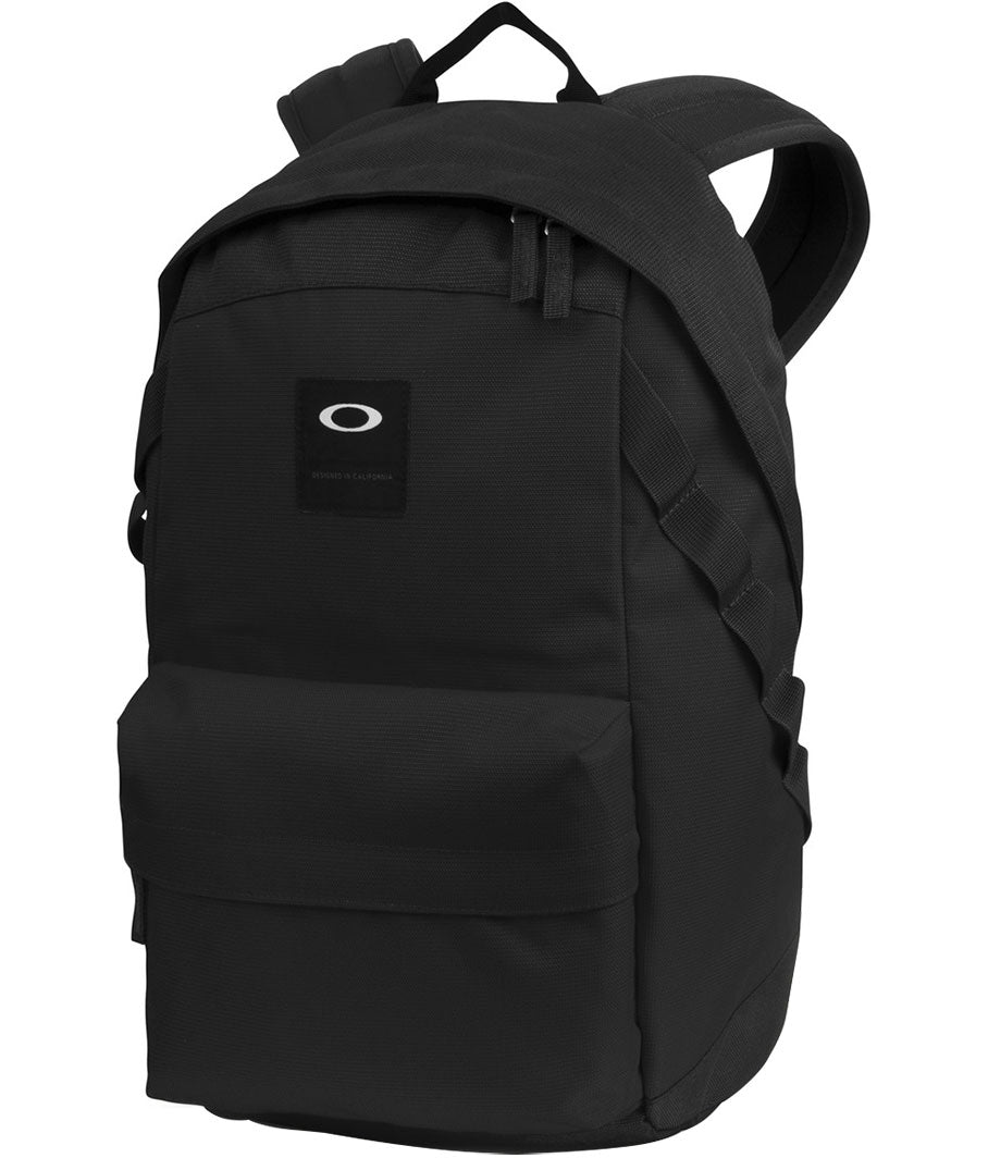 49e90fb709 Oakley Fall 2017 Accessories Mens Traveling Backpack Bags Collection ...