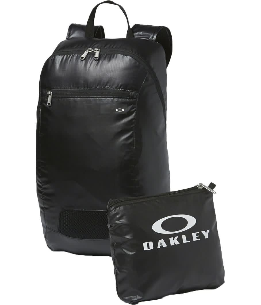 Oakley Fall 2017 Accessories | Mens Bags & Luggages Collection|Oakley Fall 2017 Accessories | Mens Bags & Luggages Collection