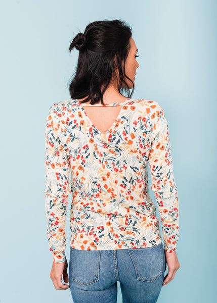 Evelyn Floral V-Neck Sweater  K261 Vanilla