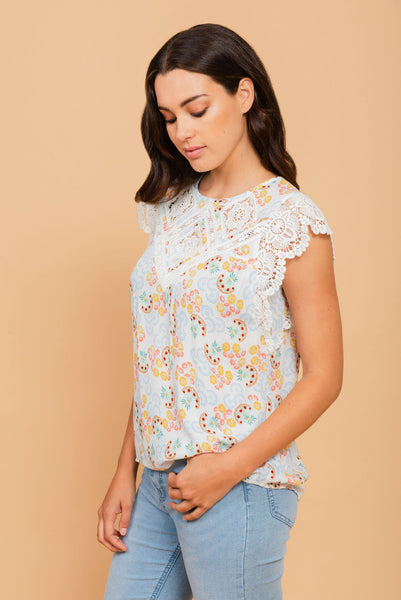 Pastel lacy top Ivory