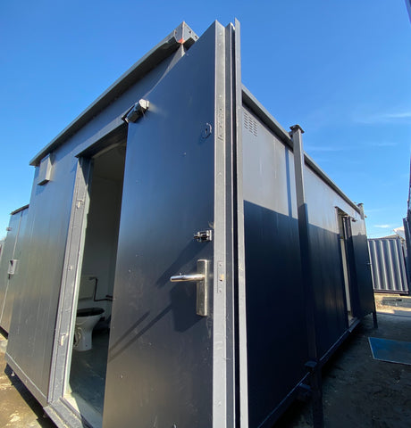 No. 75. 24x10ft |Toilet Shower Block | (7x3m) | 3+1 Toilet+ shower |
