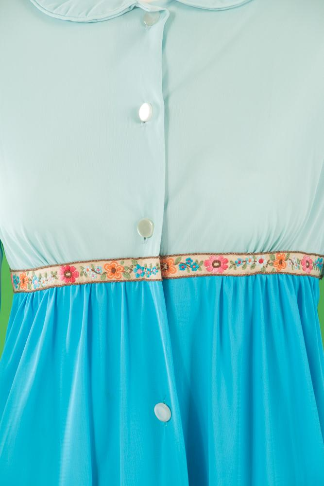 Vintage - Blue Nightgown