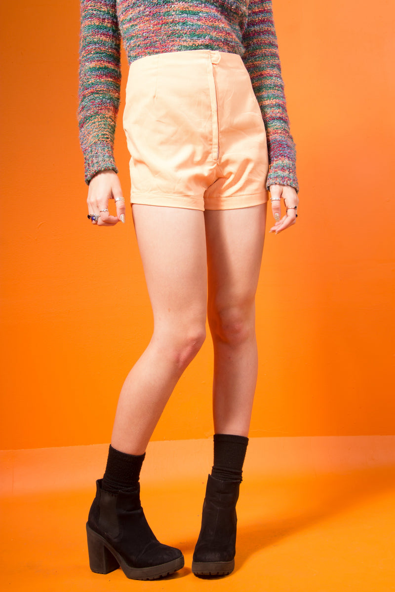 Vintage - Orange highwaist shorts