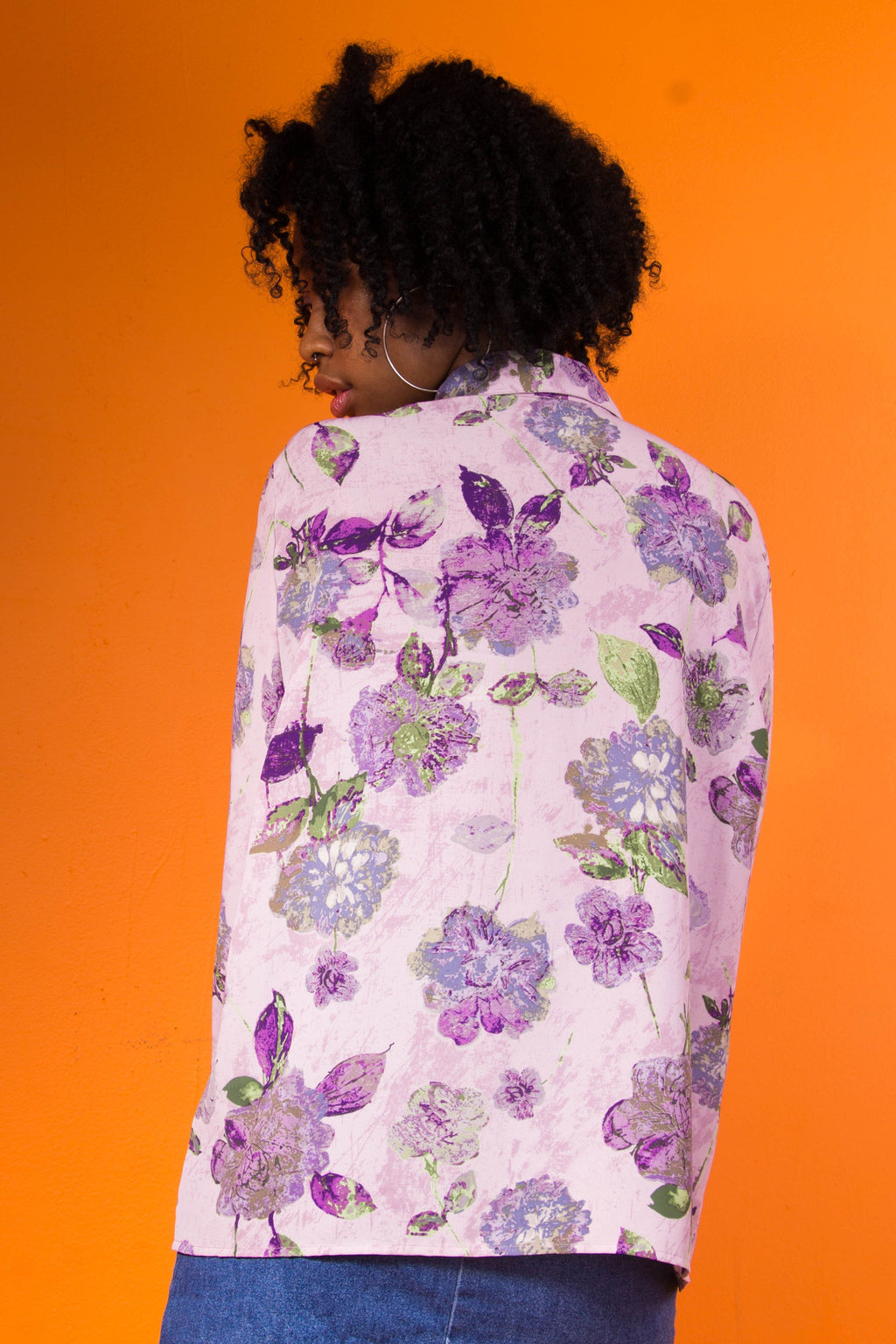 VINTAGE - PURPLE FLORAL BUTTON UP