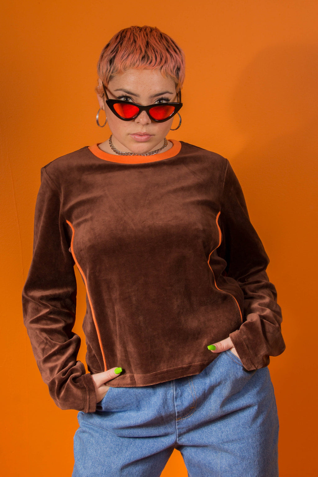 VINTAGE - BROWN VELVET LONG SLEEVE