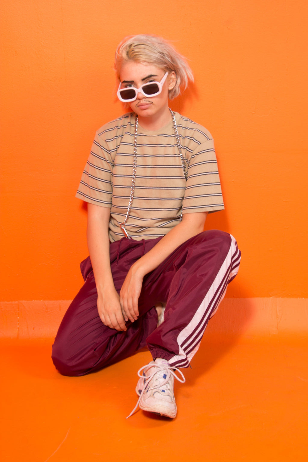 90s beige stripe crop shirt