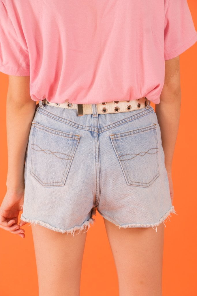 Vintage - Embroidered Kiss Jean Shorts