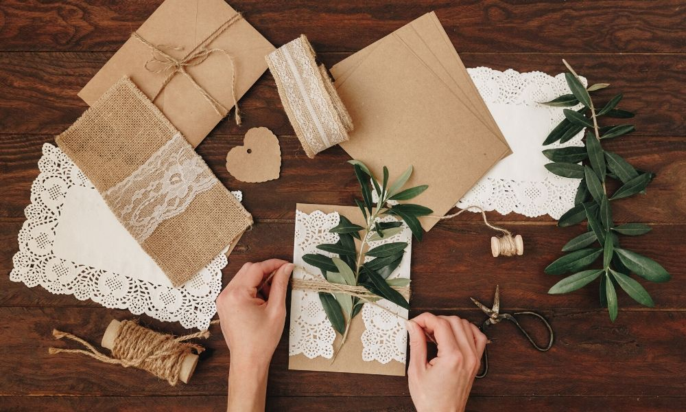 Why Vintage and Handmade Items Make the Best Gifts