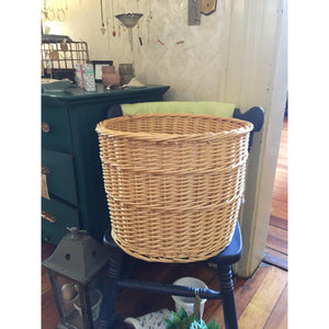 Vintage Round Wicker Basket | Quinn's Mercantile-For the Home-Quinn's Mercantile