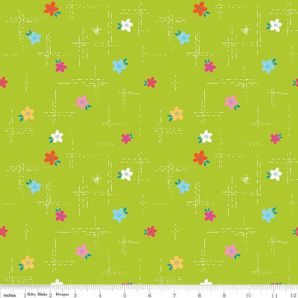 Simply Happy Dash Lime  Fabric - StoryQuilts.com