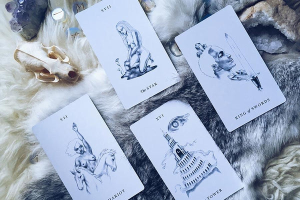 An example of a tarot reading using the Aquarius New Moon Spread