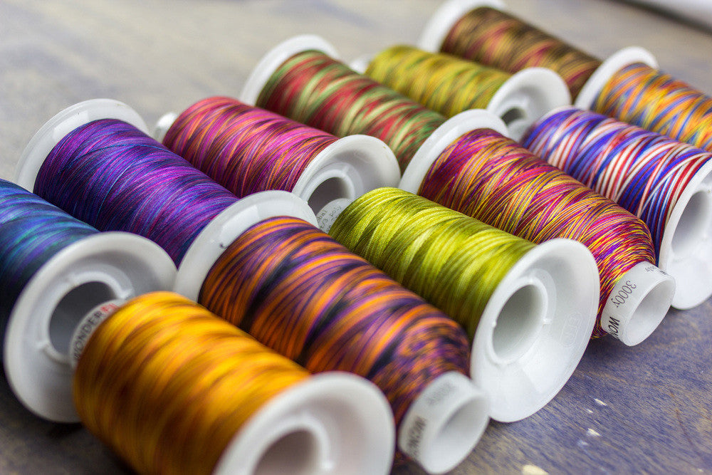 FabuLux™ 40wt Trilobal Polyester Thread for Free Motion Quilting