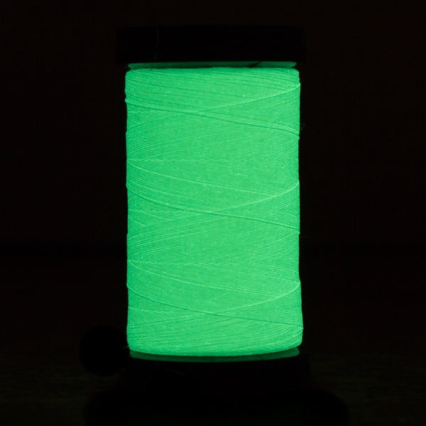 AR03 - Ahrora 40wt Glow in the Dark Polyester Cream Thread - wonderfil-online-uk