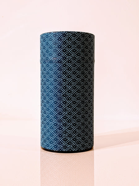 Washi Tea Canister 200g -Komon Indigo Blue & Light Blue Crest