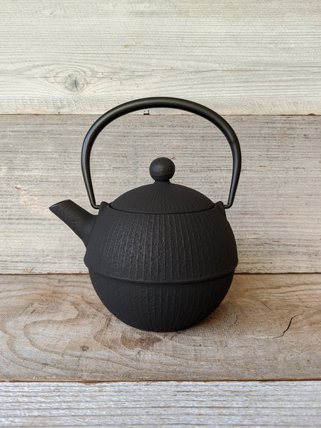 Black Temari Tetsubin Cast Iron Teapot from Japan