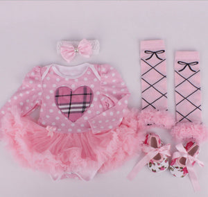 HeartPolkadots Outfit 4-Piece Set Pre-Order