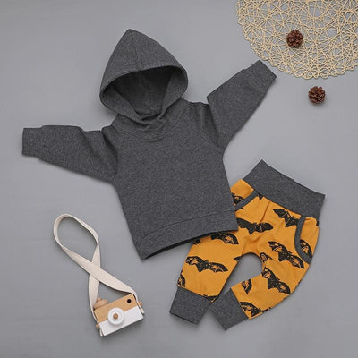 Baby Trendy Solid Hooded Top and Bat Print Pants Set