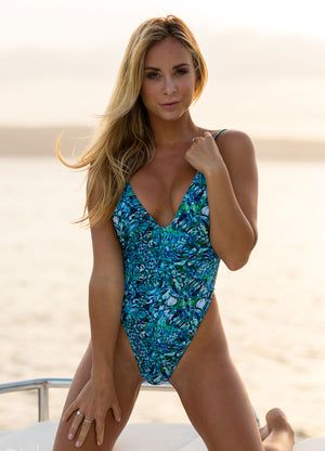 Luxton One Piece - Green with Envy