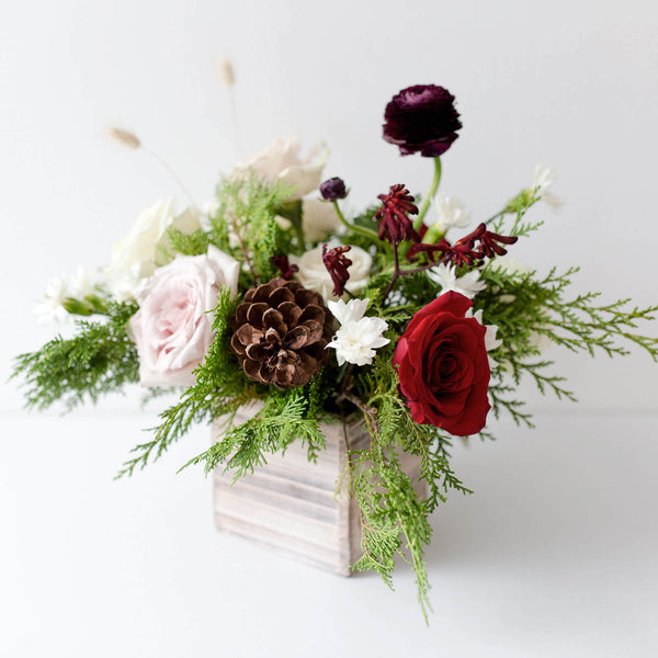 WOODEN BOX CENTREPIECE