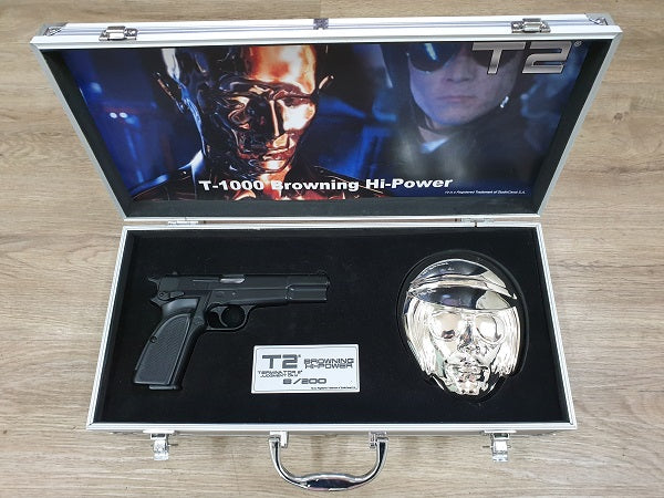 T-1000 Browning Hi Power Wall Plaque Display Briefcase