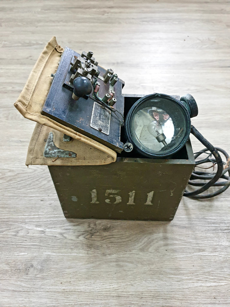 WW2 Morse Signal Lamp (Short Range - Day Light)