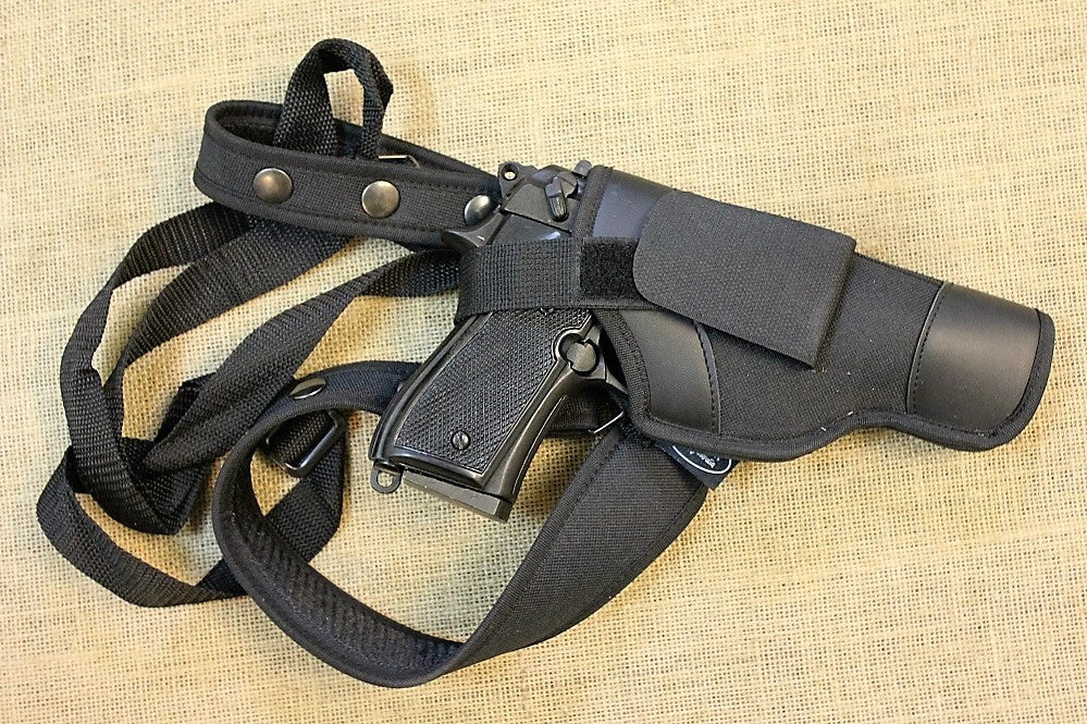 Deluxe shoulder holster auto