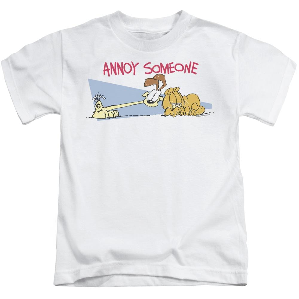 Garfield Annoy Someone Kids T-Shirt