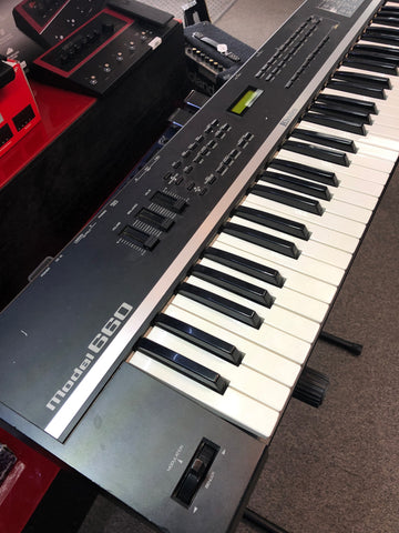 Rhodes Model 660 Keyboard - Musiclandshop