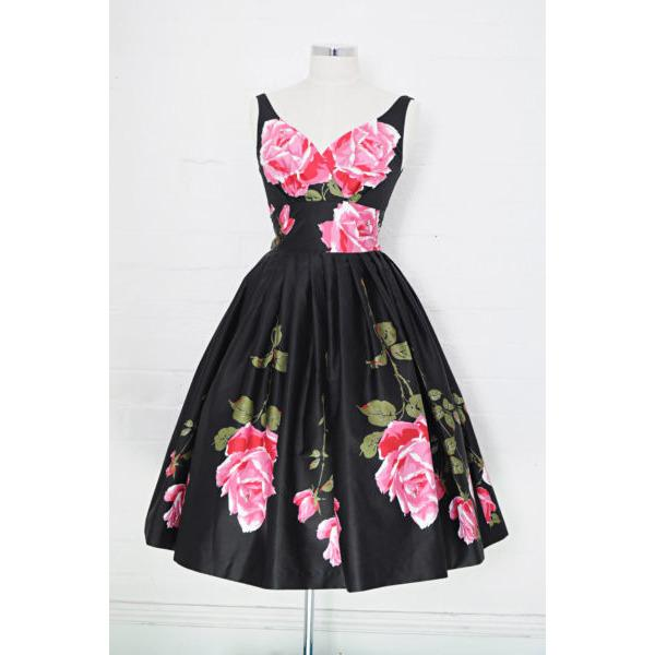 Elizabeth Love me Tender Swing Dress - Vicious Venus