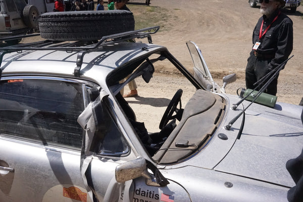 Windshield popped out in Mongolia on the Peking to Paris rally