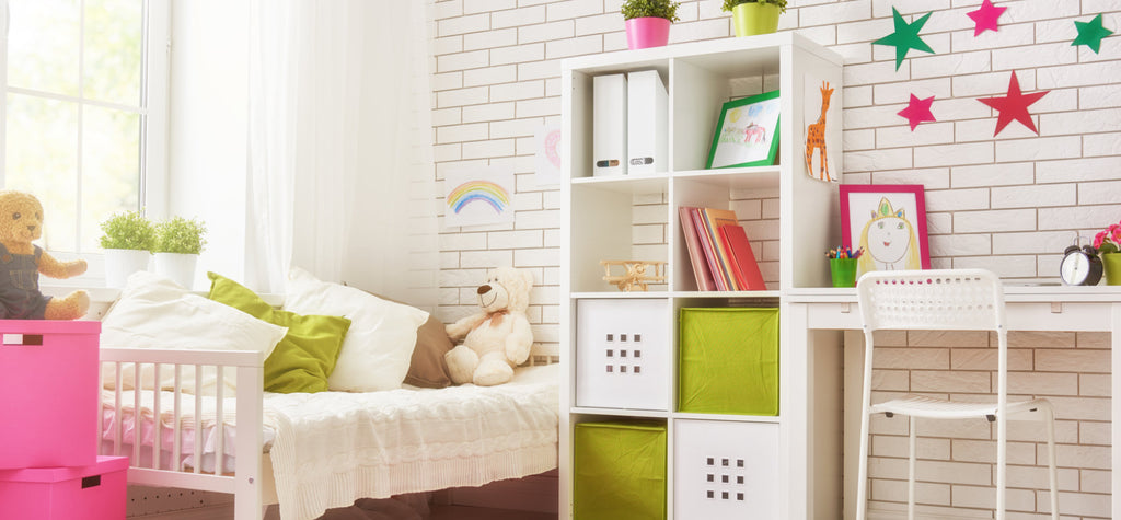 HOW TO BETTER DECORATE A SMALL BEDROOM