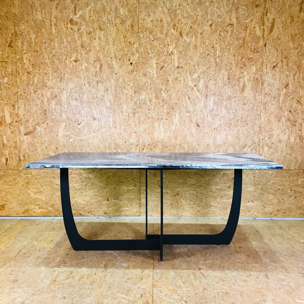 Winterlace Dining Table * New Arrival!