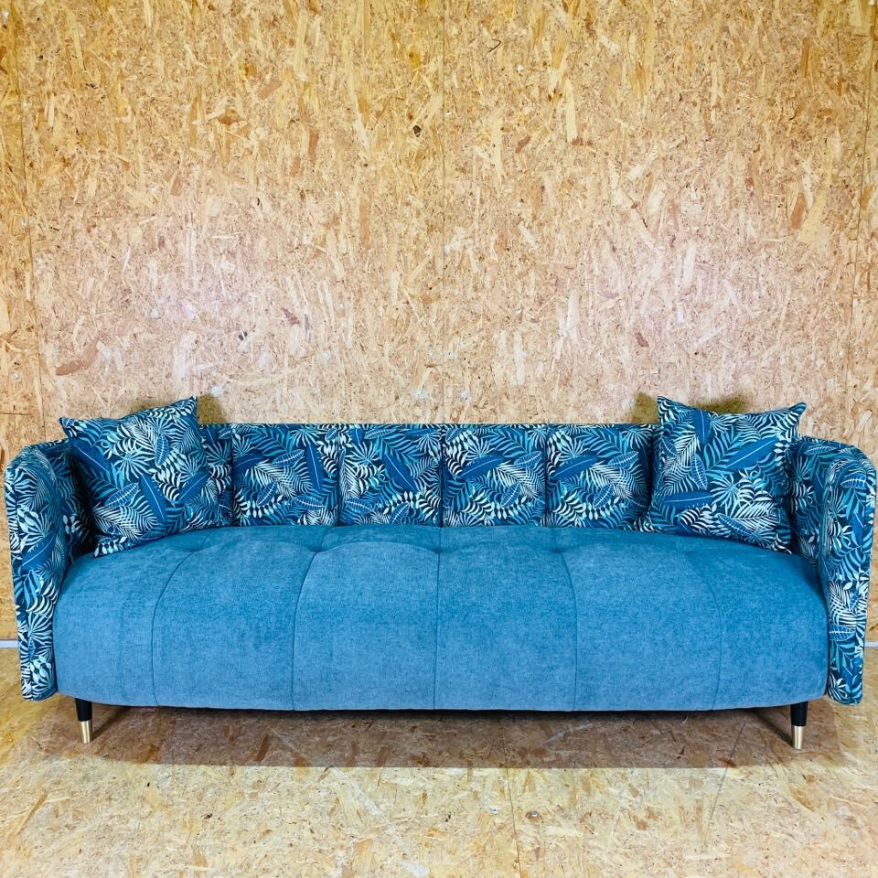 Connor Sofa *New Arrival!