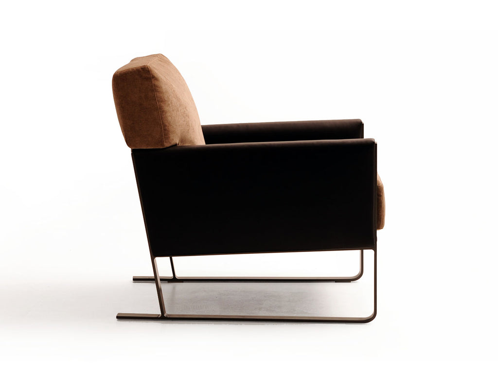 Depp Easy Chair