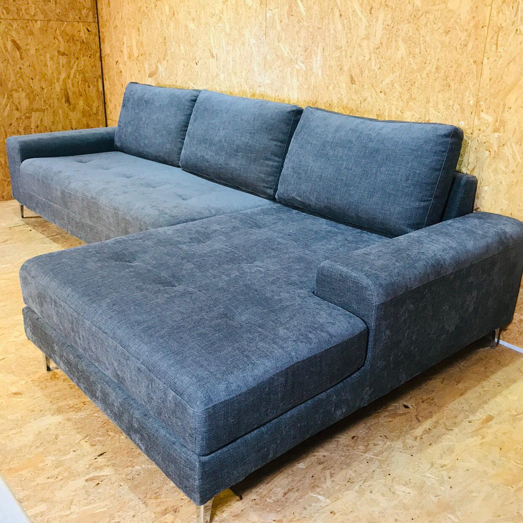 Delton Sofa <br> Customize Collection
