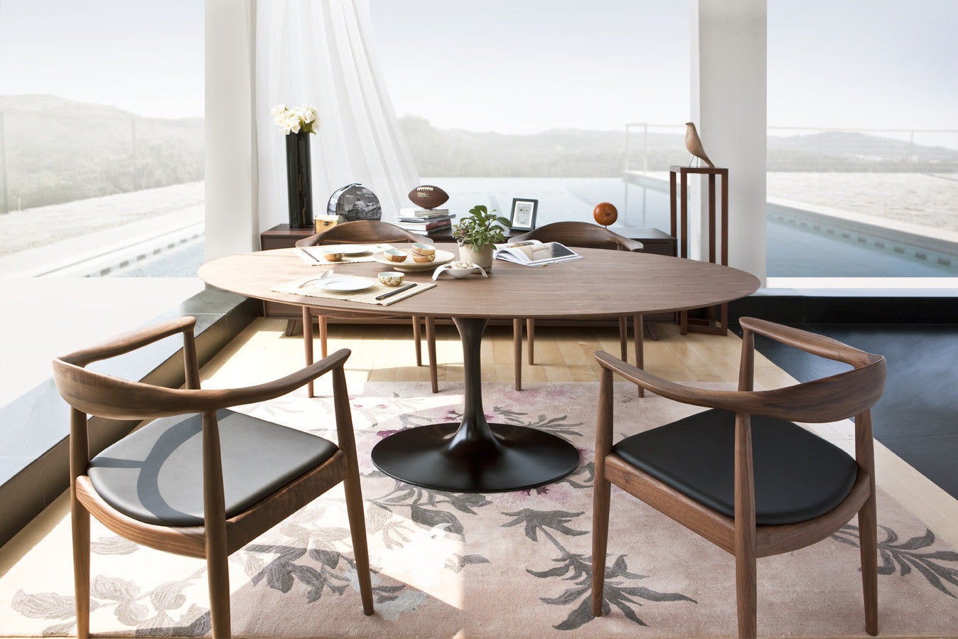 Lush Dinning Tables
