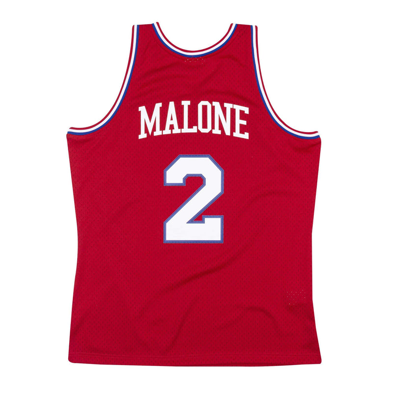 Moses Malone Hardwood Classic (Philadelphia 76ers Jersey - 82/83) Red