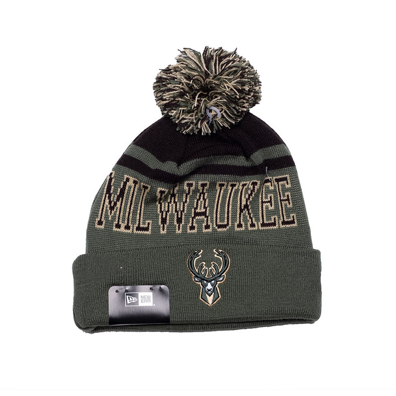 New Era Knit Team Court Pom Beanie Bucks