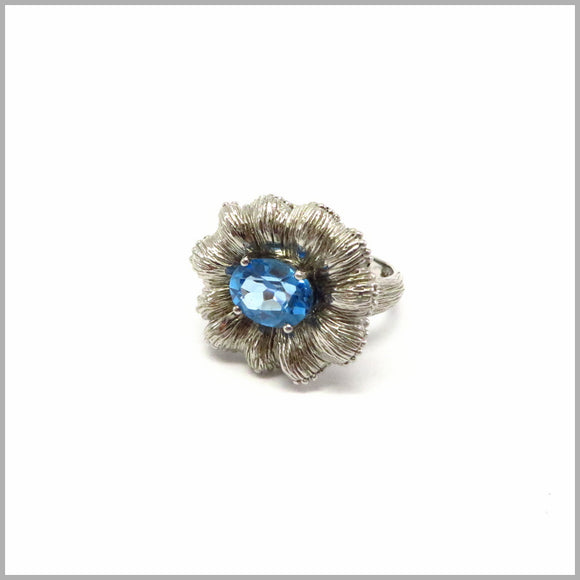 AK2.31 Flower Blue Topaz Silver Ring