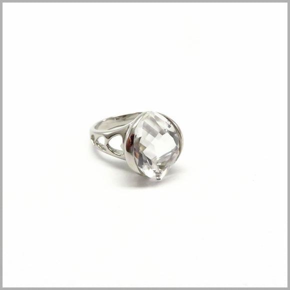 AK2.39 Rock Crystal Sterling Silver Heart Ring