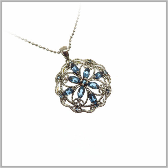 HG26.43 London Blue Topaz Pendant