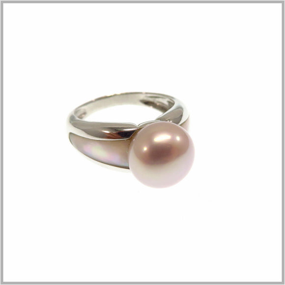 HG28.271 Mother of all Pearl Rings