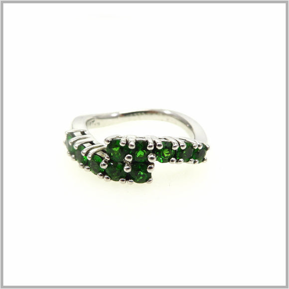 HG29.117 Chrome Diopside Ring