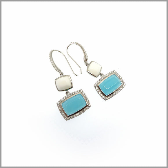 LG21.89 White Onyx & Blue Crystal Silver Earrings