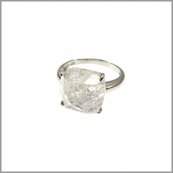 LG21.9 Cracked Crystal Ring